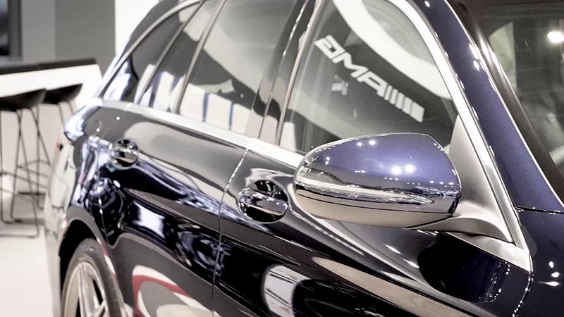 Mercedes-Benz C200 AMG Line Estate Review Side