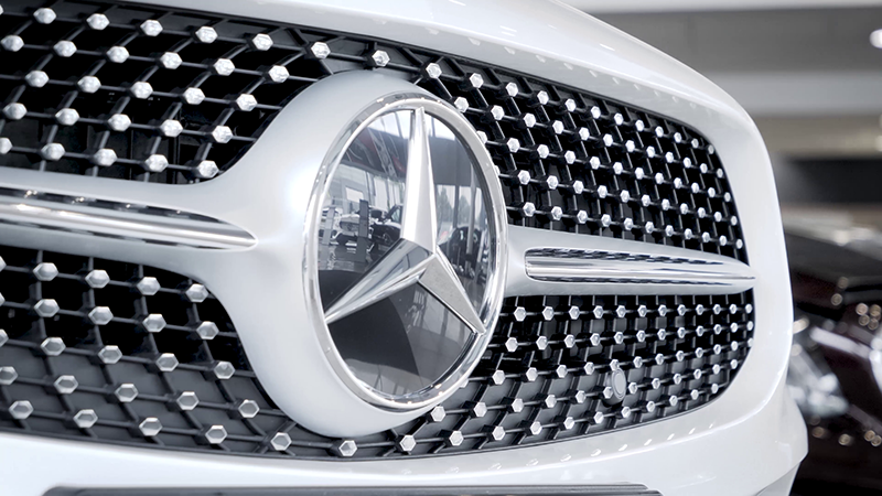 Mercedes-Benz CLS 350D AMG Line Coupe Review grille