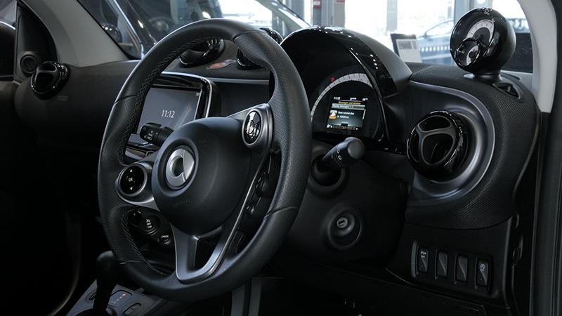 Smart ForTwo interior