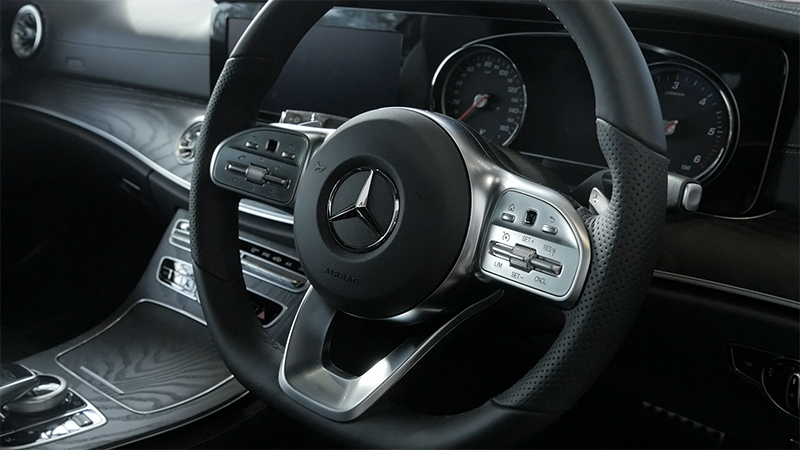 Mercedes-Benz E220d E-Class Coupe interior